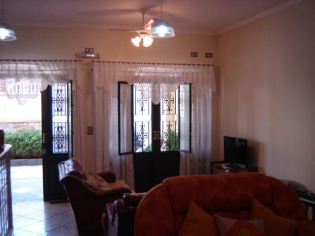 Marcondes Flores,Centro,Guararema,São Paulo,Brasil 08900000,2 BanheirosBanheiros,Casa,Marcondes Flores,1020