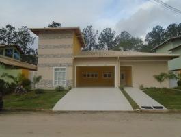 BELLARD- CONDOMINIO PONTE DE PEDRA,GUARAREMA,São Paulo,Brasil 08900000,3 Quartos Quartos,Casa,1300