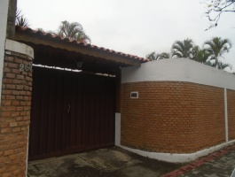 RUA PEIXOTO,CENTRO,GUARAREMA,São Paulo,Brasil 08900000,3 Quartos Quartos,Casa,RUA PEIXOTO,1435