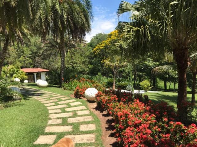 CONDOMINIO ALPES,GUARAREMA,São Paulo,Brasil 08900000,4 Quartos Quartos,Casa,1584