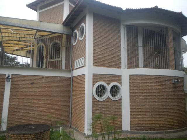 RUBENS MANOGRASSO,520,CONDOMINIO ALPES,GUARAREMA,São Paulo,Brasil 08900000,4 Quartos Quartos,Casa,RUBENS MANOGRASSO,1607